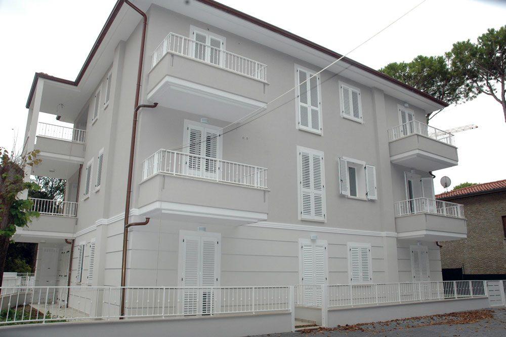Casa privata realizzazione e montaggio infissi